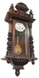 グスタフ・ベッカー Gustav Becker 柱時計の写真1